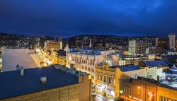 Launceston: Inner CBD Stay for