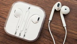 Original Apple EarPods with Remote