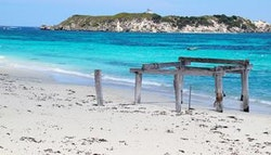 Hamelin Bay three night escape