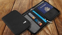 Travel wallet – TWO colours!